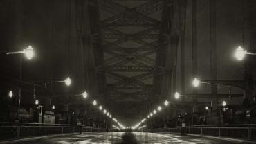 Sydney Harbour Bridge - Deck illuminated during loading tests, 10 Mar 1932. ID 12685_a007_a00704_8735000073r.