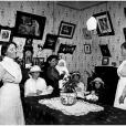 Nurses and mothers with babies at Newtown Baby Clinic, c.1914. Digital ID 4873_a004_a004000003r